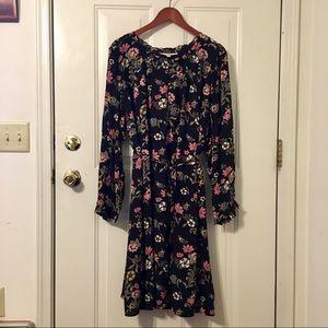 🆕 LOFT Plus Black Floral Belted Tunic Dress